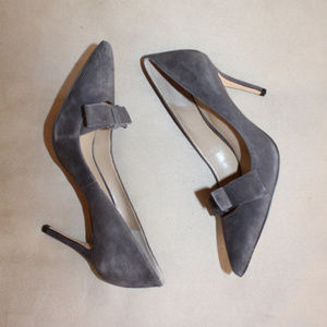 Ann Taylor GRAY SUEDE Heels Shoes Work Pumps 7.5